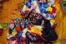 ISKCON Dellhi - Parthasarathi Close Up / Beatifull Wallpaper of Sri Parthasarathi Close Up of ISKCON Dellhi maid by ISKCON Desiretree