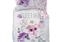 Littlest Pet Shop / Kids bedding set and accesories with Littlest Pet Shop characters from animated series