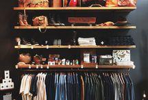 hanging clothes without a closet / I (nya) klädkammaren...?