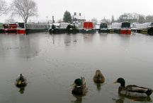 Winter On The Inland Waterways / As the weather turns increasingly colder, here are a few images of life on the canals & rivers of the UK in winter