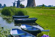 Windmills in Holland and throughout the world .....
