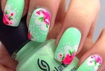 Nails  / Unghii