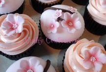 Cakes and Cupcakes / by Talin Avedikian