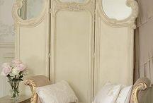 Museum Bridal Suite Inspiration / by Andrea Guzman