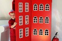 Design meubelen, accessoires, intérieur, gebruiksvoorwerpen / Design kinderkasten, stoelen, tafels, intérieur, accessoires