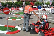 Juegos al aire libre / Actividades, juegos y accesorios para la actividad lúdica y educativa al aire libre.