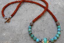 Boho / Etniczna biżuteria zawsze mnie inspirowała, do noszenia w zestawieniu z fajnymi ciuchami, dni pełne słońca, wody i przygody - etno, hippi, boho, antyk