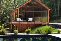Maison autour du bois