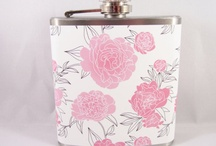Flasks / I have an itty bitty obsession with flasks... I don't know why, but I think they're cute :P / by Bobbie Henry