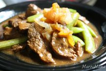 Beef Main Dishes / #Recipe ideas for #Beef main dishes. / by Amanda Mouttaki