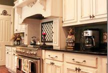 Kitchen / by Michelle Allan