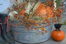 Autumn Splendor / Autumn decor and ideas. / by Dody Marriott