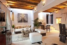 Ibiza Inspiring Living Rooms / The living room is the heart of the home, a multi-functional area used to entertain and relax. It is the place where most of our activities happen, which family and guests first get to see, where visitors get a glimpse into your lifestyle and determine their overall view of your home.  A collection of living or dining spaces of our properties for sale and rent, by Kelosa | Ibiza Selected Properties