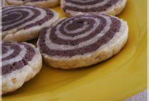 2 renkli kurabiye