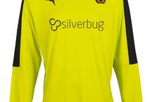 Season 15/16 Home Goalkeepers Kit / by Wolverhampton Wanderers