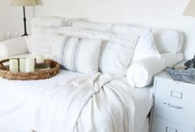 Guest Bedroom Ideas & Inspiration / Ideas for guest bedrooms, curated by Alicia Paley Home Interiors.