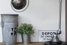 Luminaires vintage / Inspiration vintage, lampadaires, lampes à poser, suspension rétro. Pleins d'idées pour illuminer sa pièce à vivre de manière tendance.