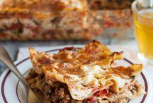 Food - Lasagna / by Desi McClammey
