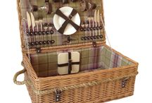 Best picnic hampers and baskets / Filled picnic baskets (with plates and glasses etc)  NB these are all four person settings, for 4 people