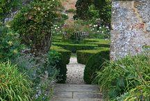 Jardines y muebles / Muebles y jardines