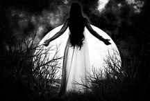 Hold naptár