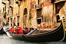 Black Boat In Town HD Wallpaper   Famous HD Wallpaper