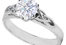 a5 cute engagement rings / by antonio