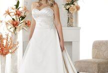 BonnyBridal / Bruidsmode voor de volslanke bruid.