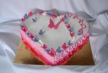 Ruffle heart shaped cake