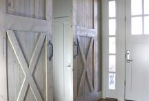 Barn doors and other farmhouse inspiration / Door for toy closet
