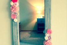 Simone room decor