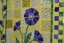 Quilts-Floral / by Sherrie Beaver