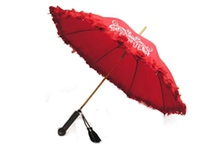 Wedding Umbrellas / This collection features reliable and lasting wedding favors regularly sought by couples and their families.They give it as a gift to acknowledge or thank the guests for making it to their wedding party.