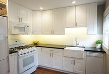 Small functional kitchen / Small functional kitchen