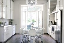 Kitchens / by Dolores Cardarelli