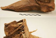 14th century shoes