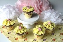 cupcakes / by Catherine Fourestier
