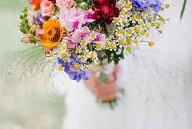 Wild Flower Bouquets / A mixed bouquet of naturally cultivated flowers.