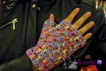 Gloves / http://ellisknitwear.com/