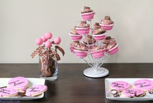 Pimped out Dessert Tables / by 1 Fine Cookie