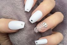 White Nail Art Designs / White nail designs are absolutely drool-worthy!