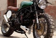 Motos y cascos