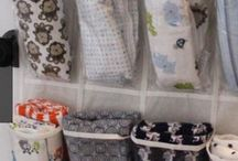 Keeping Organized With Kids / Tips for keeping the kid's stuff organized in your home