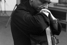 The Man In Black / Pictures of Johnny Cash