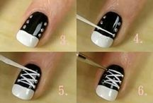 Nail art / It just looks really cool