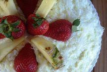 Mmmm....Desserts! / by Jacqulyn Wehrli