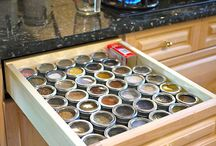 Spice Organization / Inspirational ideas to organize your spices for ease of use and best shelf life.
