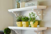 Shelves / Ideas for styling shelves