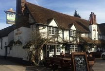 Great pubs with rooms in the UK / Top pubs with rooms and traditional coaching inns reviewed on luxury travel reviews website ALadyofLeisure.com English pubs with rooms