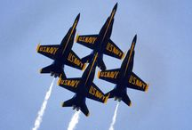 Awesome Blue Angels / U.S. Navy precision flying